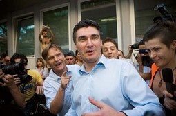 HUMILIATING FOR MILANOVIC The infuriated crowd, which also included actor Vili Matula, jeered SDP president Zoran Milanovic with cries of 'liar, lair!'
