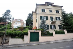 THE PURCHASE OF A VILLA on Zagreb's Kozarceva Street in the early 1990s was the first suspicious case related to Sanader's assets