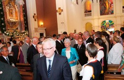 AT THE SHRINE OF OUR LADY Croatian President Ivo Josipovic and Prime Minister Jadranka Kosor at the church of Our Lady of Sinj during the Alka ring tournament
