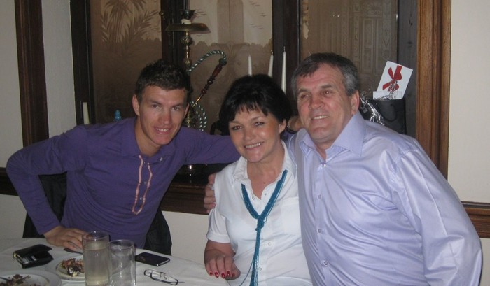 Photo of Edin Dzeko & his  Mother  Belma Džeko