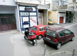 MJESTO ZLOČINA Rađenovića su u 8 i 15 napadači dočekali pred njegovim skromnim stanom u Utrinama